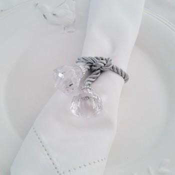 White napkins with hemstitch